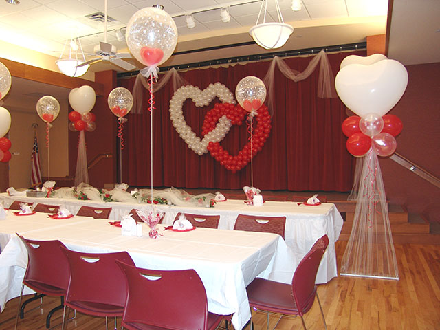Awesome balloon wedding decorations